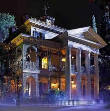 Front of Disneyland Haunted Mansion decorated for Haunted Holiday