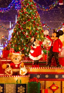 Disney World Christmas Party Parade