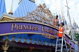 Disney Princesses Sing for Princess Fairytale Hall